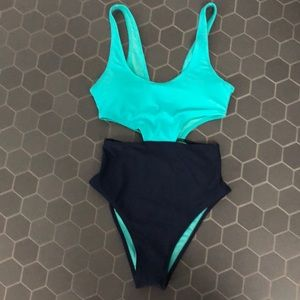 Aerie cutout one piece swim suit size XS NWT